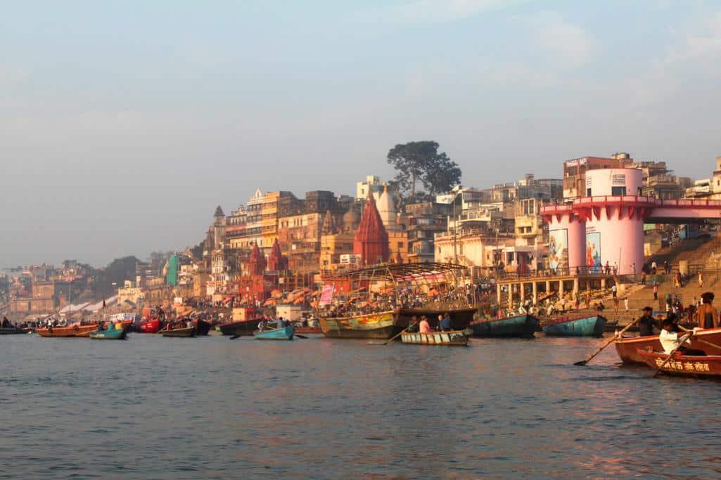 Varanasi vanaf het water