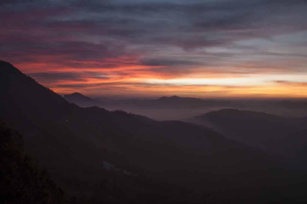 Munar sunrise